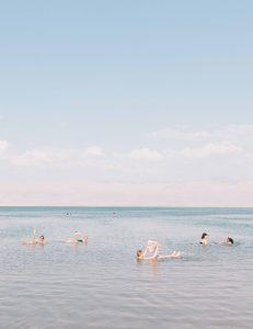 brochure_swimmers_crop